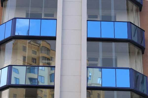 Безрамное остекление балконов