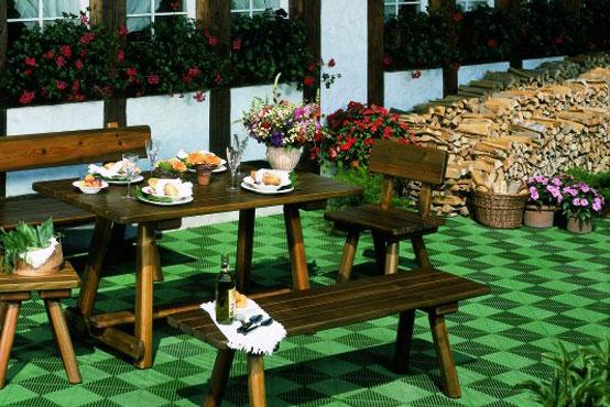 Полы зимнего сада покрытые плиткой