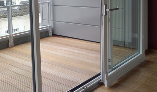 Дверь для балкона и лоджии раздвижной конструкции