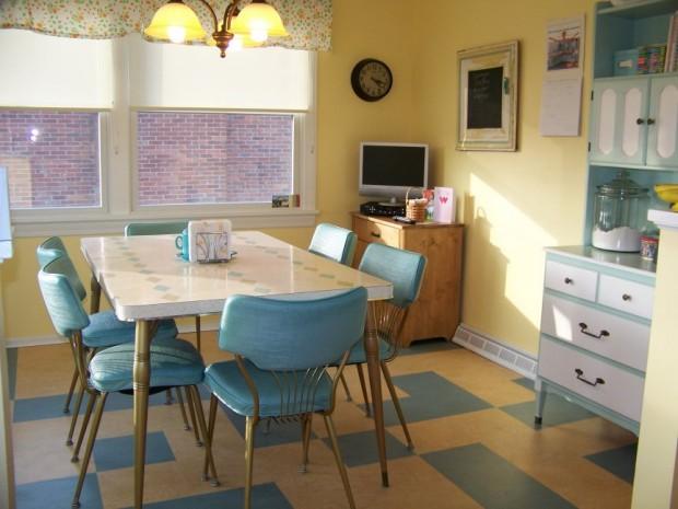 retro-kitchen-table-for-6