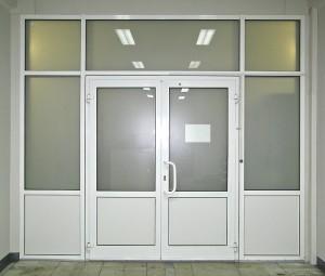 Офисные перегородки из пластика и стекла