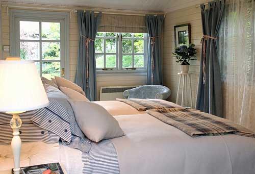 Спальня в дачном стиле