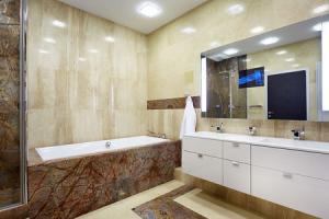 Ванная комната отделка агломератом