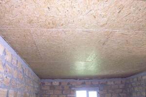 Отделка потолка в гараже плитами OSB
