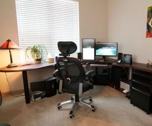 Домашний офис в отдельной комнате