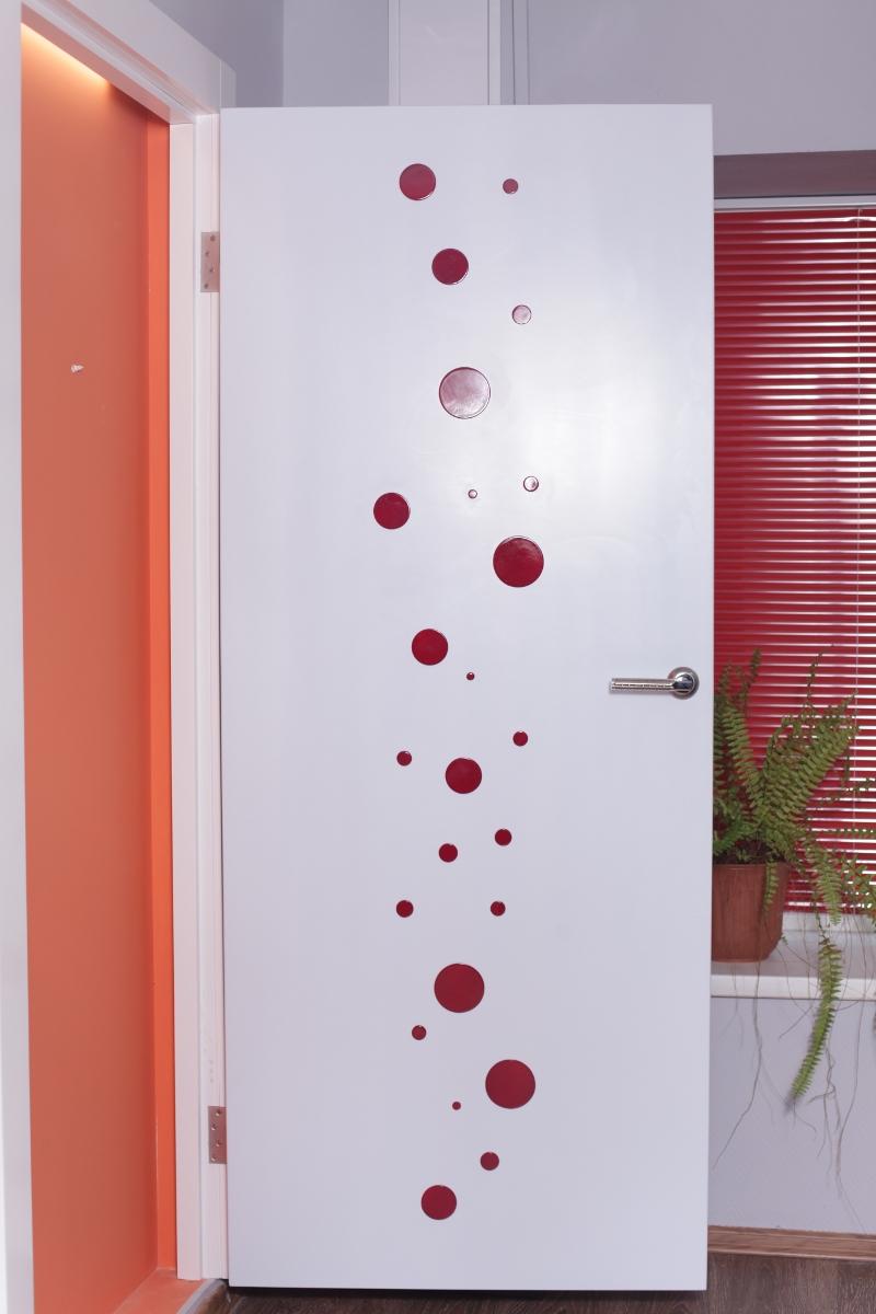 Как задекорировать старые межкомнатные двери своими руками