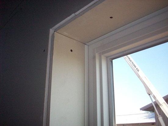 Фальшивые окна – интересное дизайнерское решение