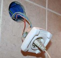 Советы по замене электропроводки и выбору розеток