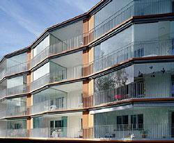 Про остекление лоджий и балконов