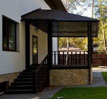 Строим крыльцо для загородного дома