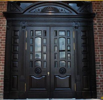 Элитная входная дверь из дерева
