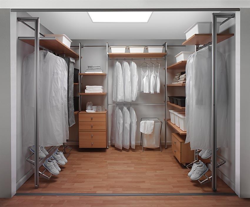 Гардеробная комната: варианты устройства