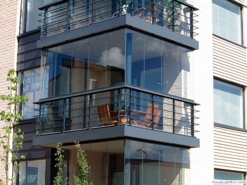 Особенности панорамного остекления балконов