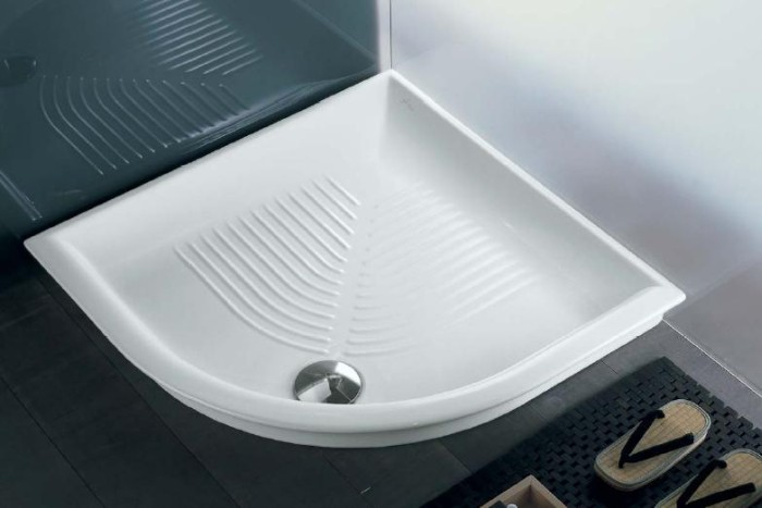 Как правильно выбрать душевой поддон для малогабаритной ванной комнаты?