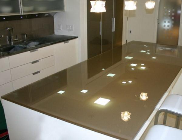Мебель из стекла для кухни впишется в любой интерьер