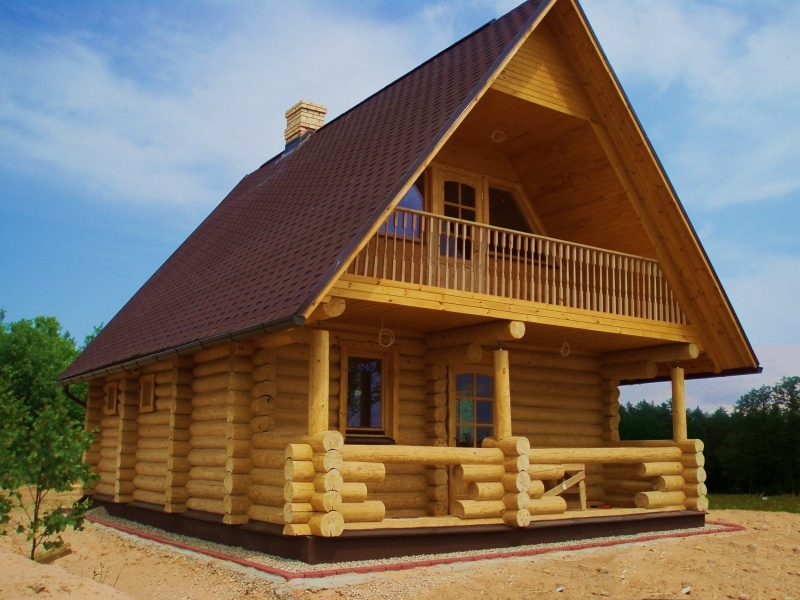 Дерево или бетон – какой материал выбрать для стройки дачного дома?