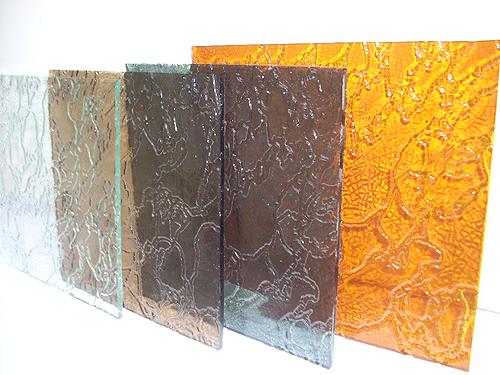 Узоры на стекле – виды и осуществление в строительстве