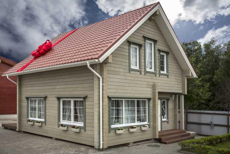 Деревянные дома - особенности возведения и достоинства конструкций
