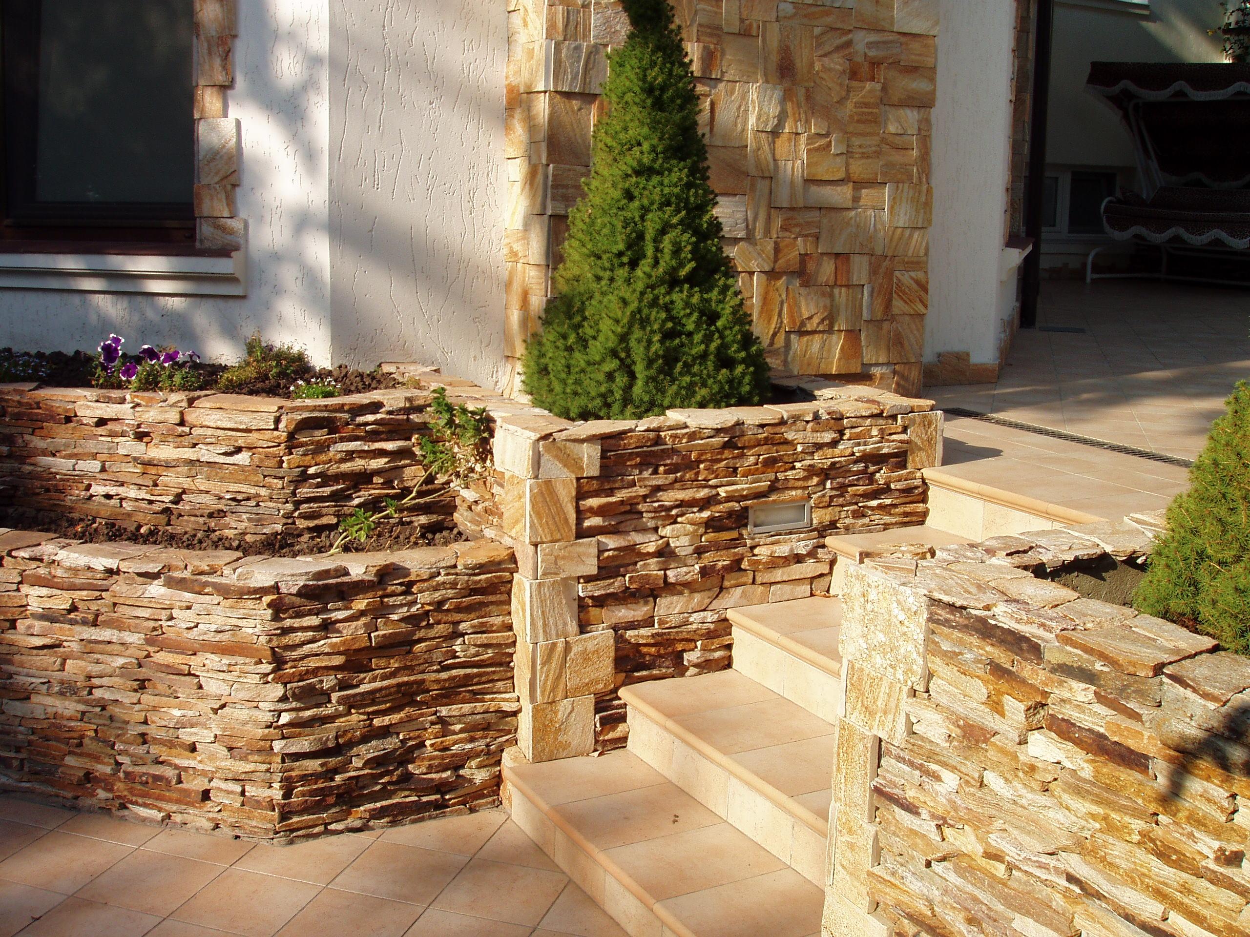 Натуральный камень: применение и правила облицовки