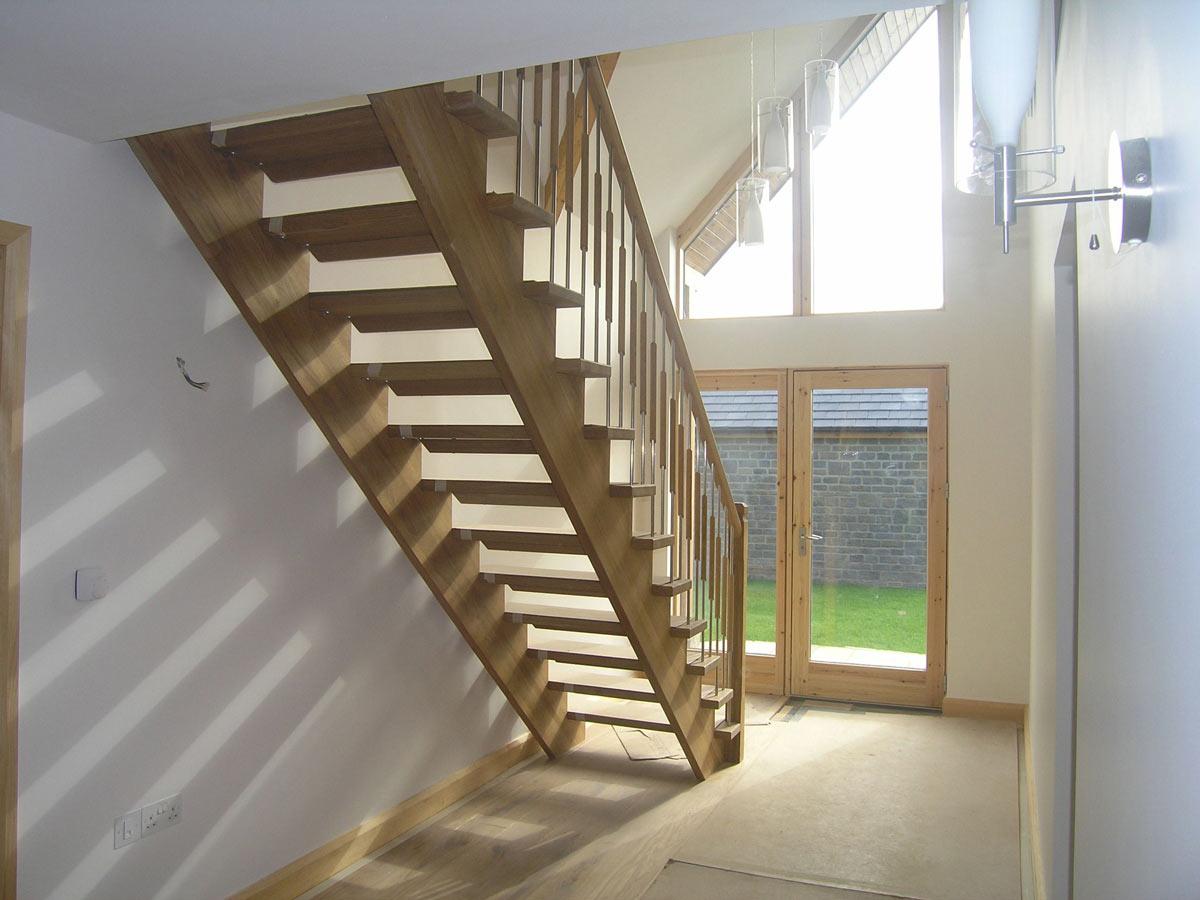 Выбор лестницы для дома, или Какие бывают лестницы