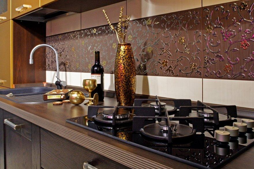 Кухонный фартук: какой материал выбрать
