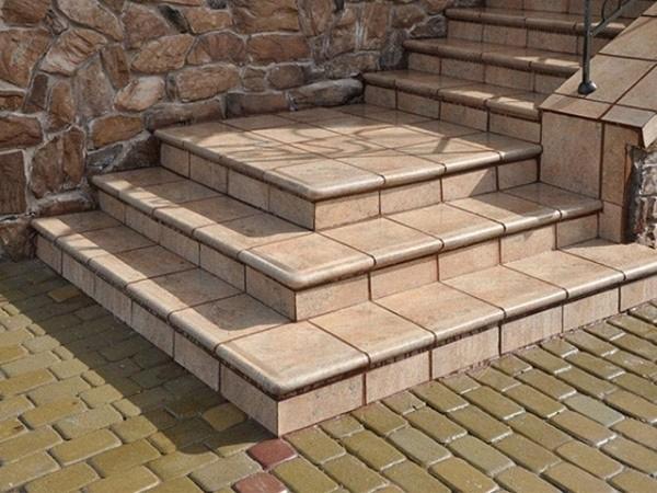 Крыльцо из бетона своими руками - этапы постройки