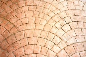 Декоративный бетон: преимущества и укладка