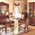 Фото: Мебель из натурального дерева в гостиной