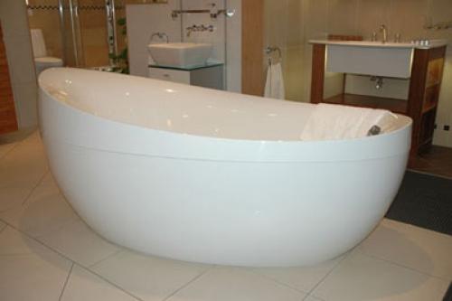 Квариловая ванна: особенности, преимущества, виды