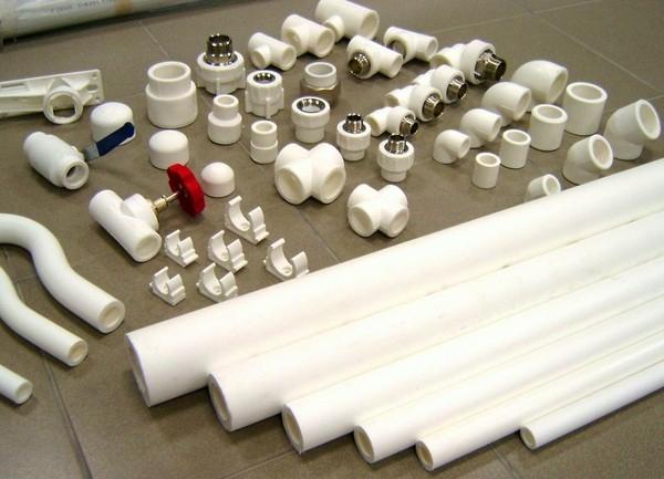Пластиковые и пластмассовые фитинги