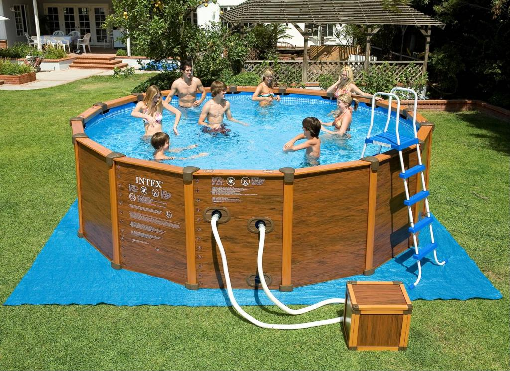 Чистим бассейн и дезинфицируем воду правильно